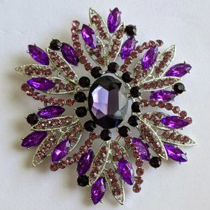 Jewelry - Purple and Silver Brooch